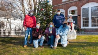 Beatification's Christmas Decorating Crew